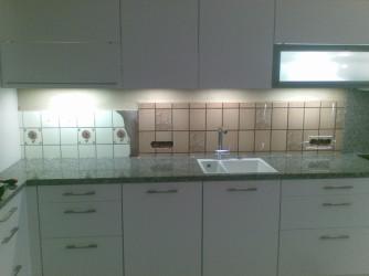 alte Küchenrückwand ohne Glas